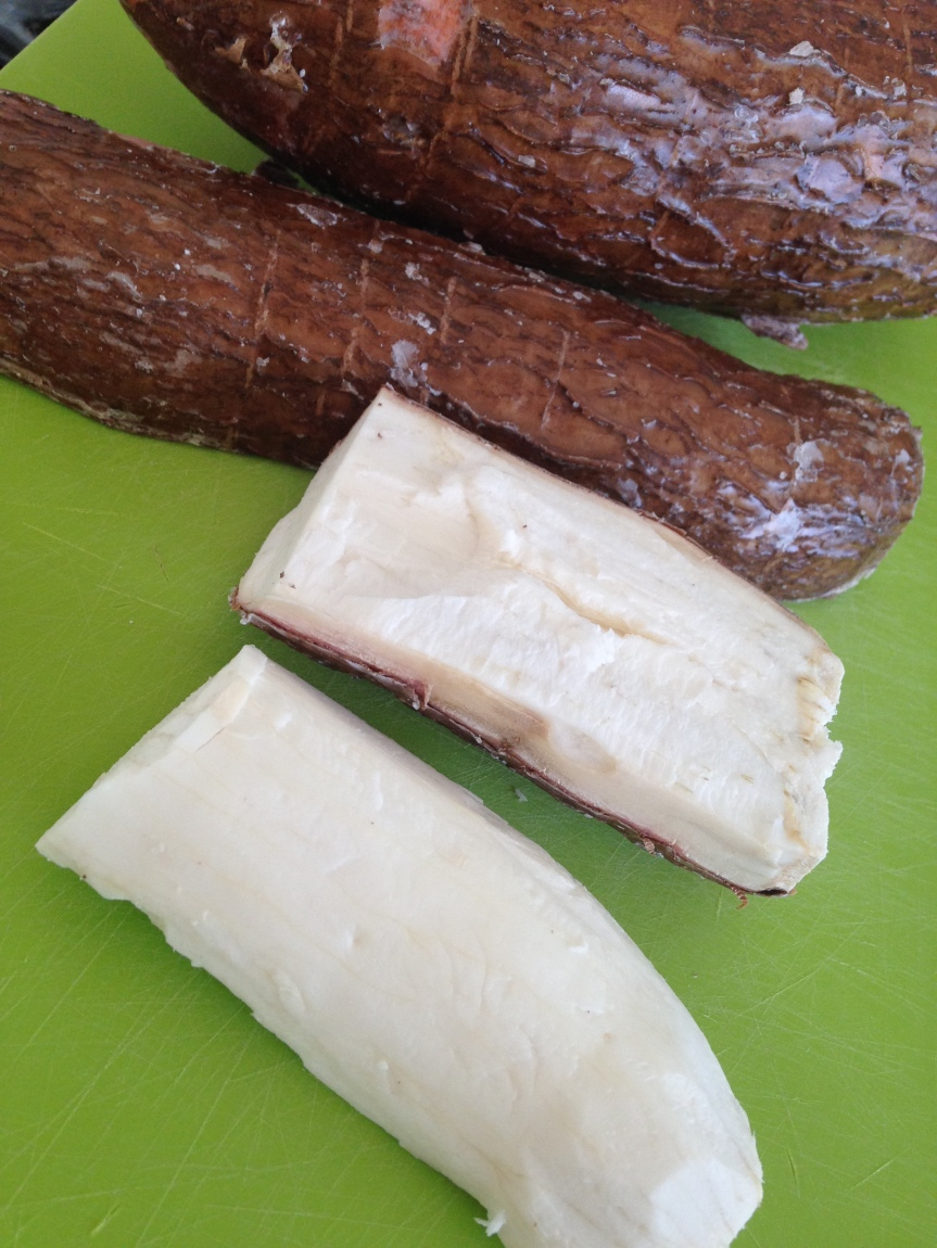 how to peel Cassava Root (Yuca)