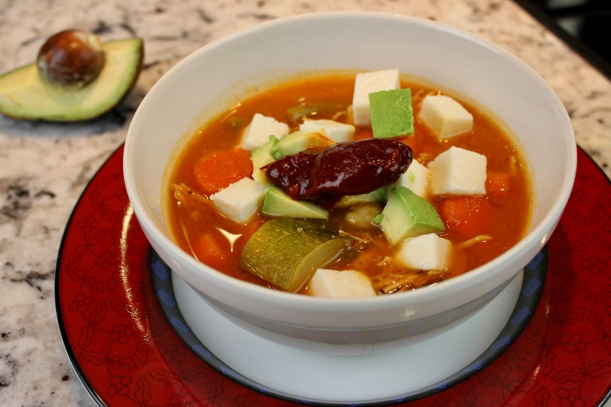 caldo tlalpeño-mexican chipotle chicken & garbanzo soup